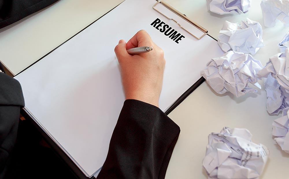 پنج اشتباه معمول در رزومه نویسی