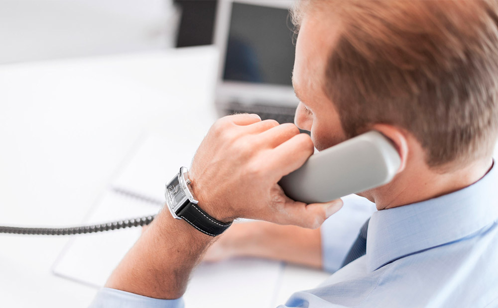 مصاحبه تلفنی چیست و چگونه باید آن را انجام داد؟