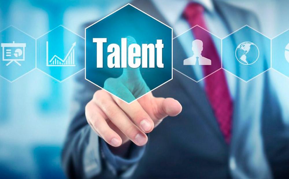 مدیریت استعداد چیست و چه تفاوتی با مدیریت منابع انسانی دارد؟