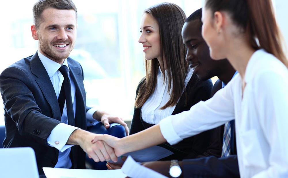 اشتباهاتی که کارفرمایان حین استخدام نیروی جدید مرتکب میشوند