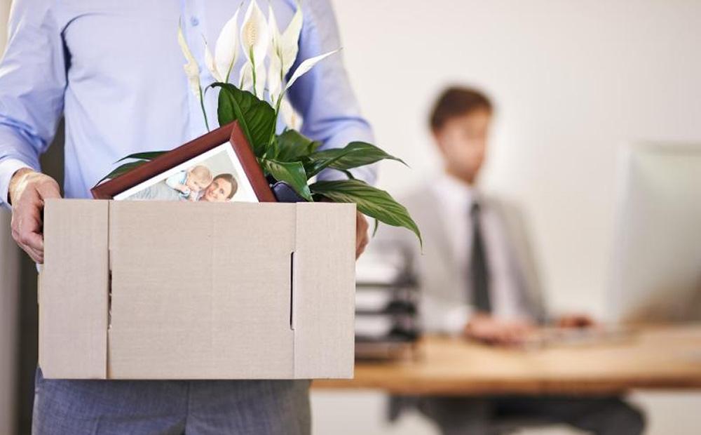 چگونه پس از تعدیل شدن به دنبال شغل جدید باشیم؟