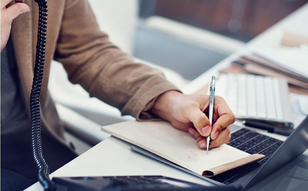 چگونه نتیجه مصاحبه شغلی را پیگیری کنیم؟