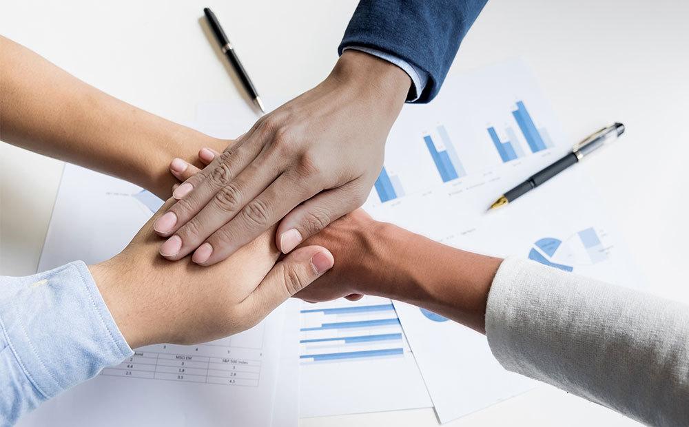 آیا در محیط کار همه باید مثل هم باشند؟ تنوع فرهنگی چه اهمیتی دارد؟