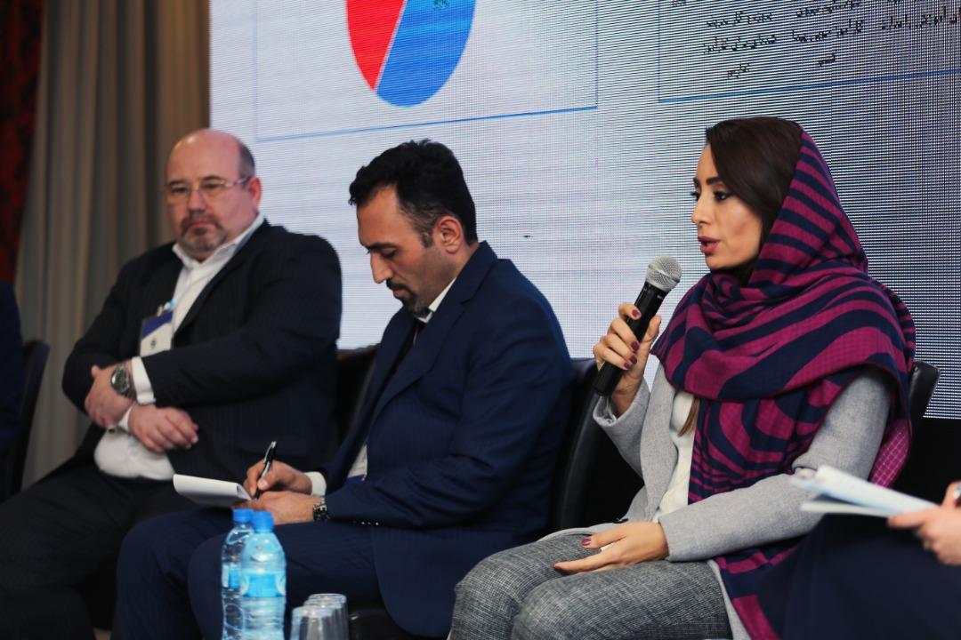 دکتر آزاده ابراهیمی در پنل دوم هماندیشی مدیران صنعت و نخبگان دانشگاهی