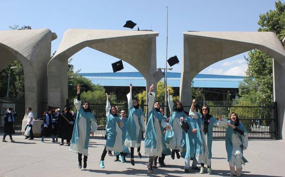 چرا باید تازه فارغالتحصیلان را استخدام کنیم؟