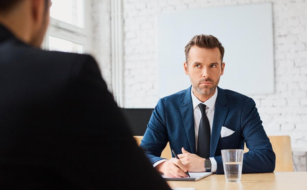 10 سوال کلیدی که کارشناس منابع انسانی هنگام مصاحبه میپرسد